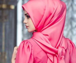 hijab, Modeling, and müslimah image