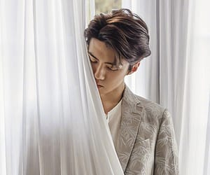 asian boy, perfect, and exol image