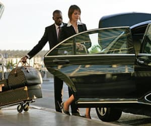 luton airport transfers and airport transfer image
