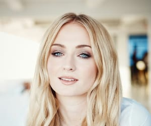 actress, girl power, and sophie turner image