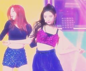 kpop, yuna, and yeji image