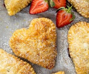 comida, corazón, and delicioso image