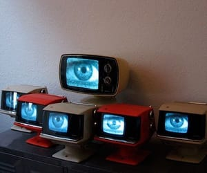 aesthetic, big brother, and eyes image