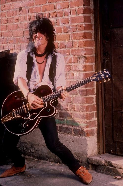 Guns N Roses and izzy stradlin image