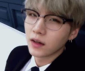 gif, glasses, and kiss image