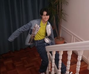 yg, low quality, and doyoung image