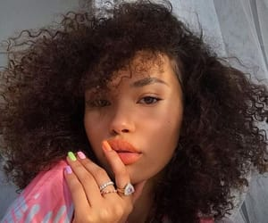 curly hair, girl, and nails image
