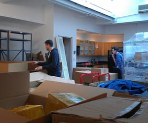 moving office image