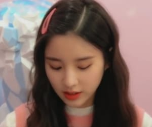 girl group, kpop, and heejin image