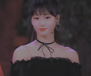 aesthetic, momo, and fashion image
