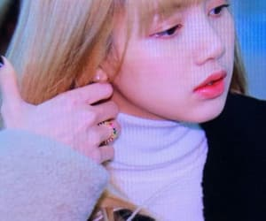airport, lisa, and jennie image