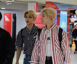 airport, blonde, and idols image