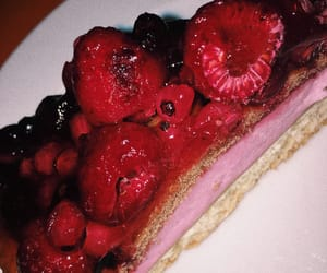 cake, red, and postre image