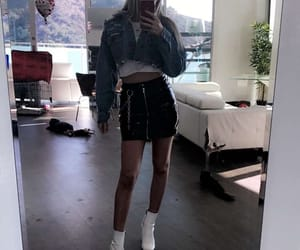 beauty, famous, and alissa violet image
