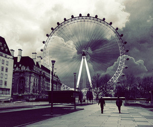 london, photography, and black and white image