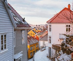 bergen, colors, and Houses image