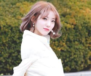 kpop, cosmic girls, and luda image
