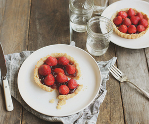 strawberry, sweet, and vintage image