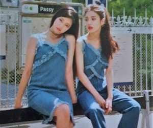 girls, olivia, and hyunjin image
