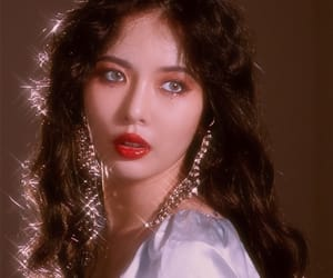 hyuna, kpop, and triple h image