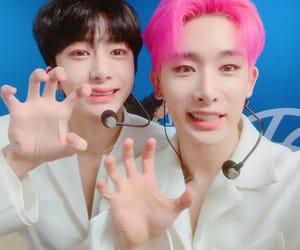 wonho, hyungwon, and alligator image