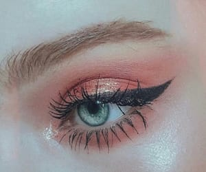 beautiful, beauty, and eyeliner image