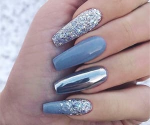 nails, chrome, and glitter image