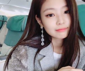 kpop, kim jennie, and bias image