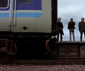 gif, trainspotting, and ewan macgregor image