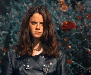 actress, KAYA SCODELARIO, and skins image