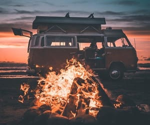van and sunset image