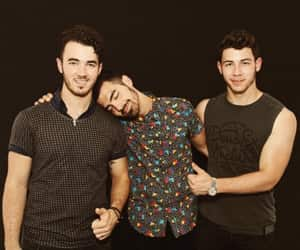 article, jonas brothers, and day 24 image