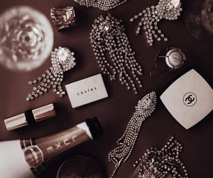 chanel, details, and diamonds image