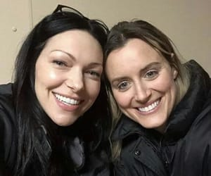 laura prepon, piper chapman, and taylor schilling image
