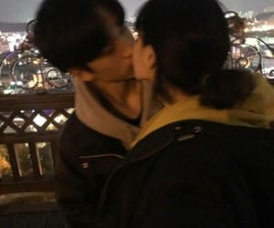 couple, ulzzang, and kiss image
