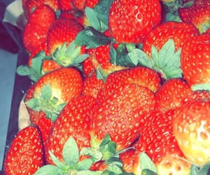 delicious, snapchat, and strawberry fruit image
