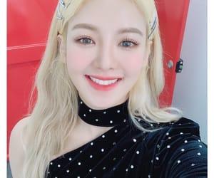 girls generation, Sunny, and hyoyeon image