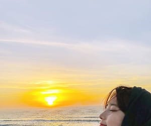 kpop, sunset, and suzy image