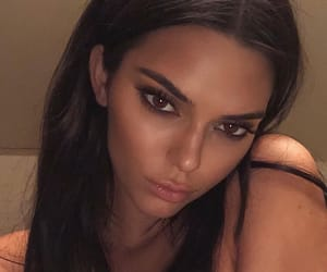 beauty, kendall jenner, and celebrities image