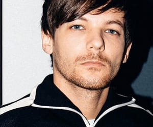 hq, louis tomlinson, and one direction image