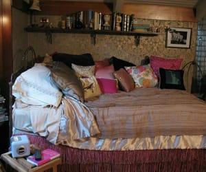 decor, pretty little liars, and room image