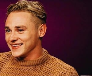 actor, smile, and ben hardy image