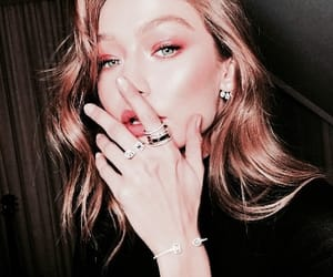 accesories, stunning, and gigi image