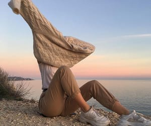 aesthetic, girl, and outfit image
