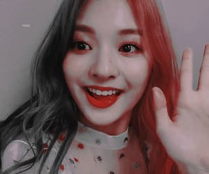 aesthetic, fromis_9, and gif image