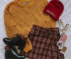 aesthetic, autumn, and beanie image