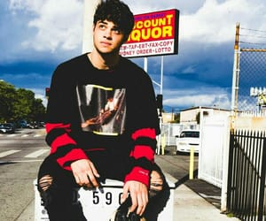 Hot and noah centineo image