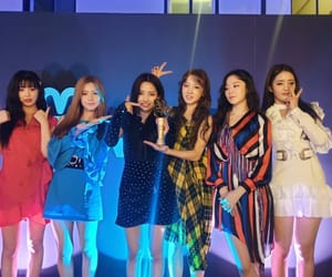 cube, girl group, and soyeon image