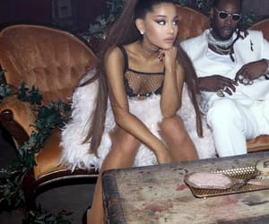 ariana grande and 2chainz image