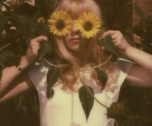 vintage, sunflower, and girl image